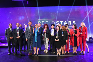 Corina CREȚU, European Commissioner for Regional Policy and the members of the jury EU REGIOSTARS 2018 #RegioStars Belgium - Brussels – October 2018 © European Union